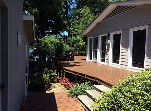 Exterior Deck Refinishing