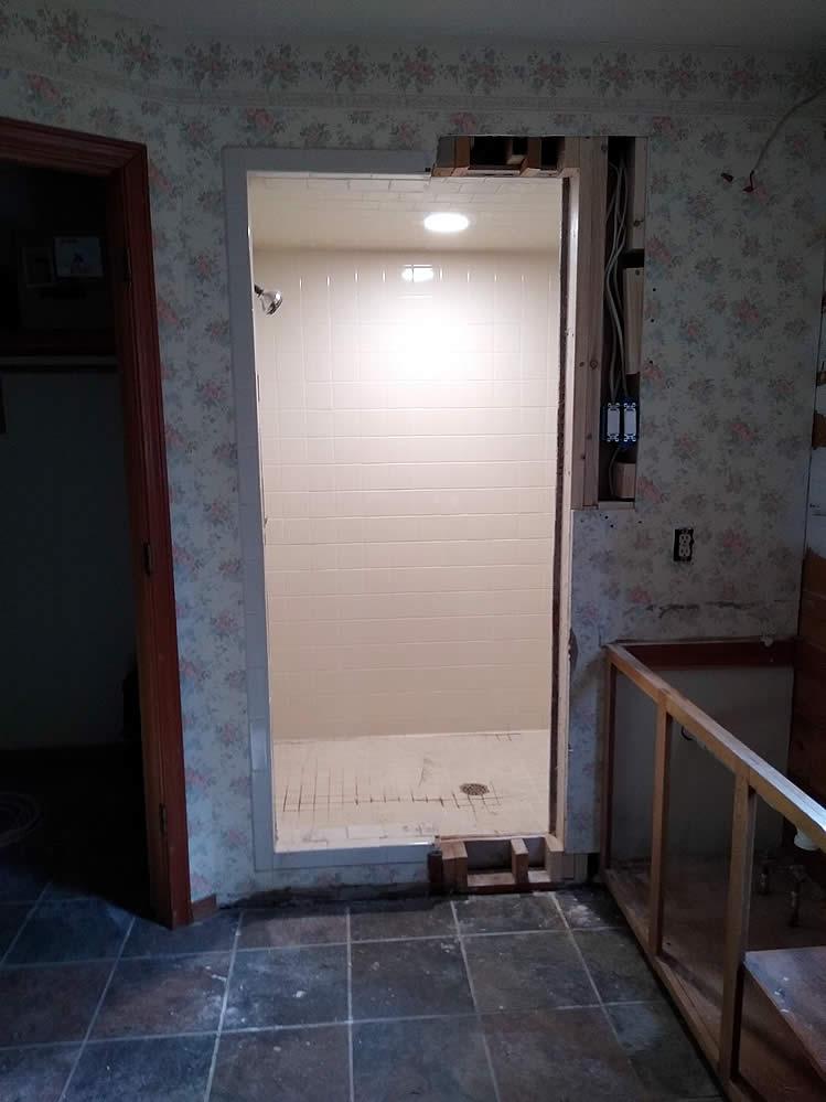 Avinger-TX-75630-bathroom-remodeling-11