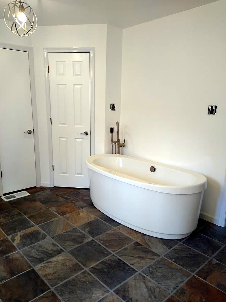 Avinger-TX-75630-bathroom-remodeling-5