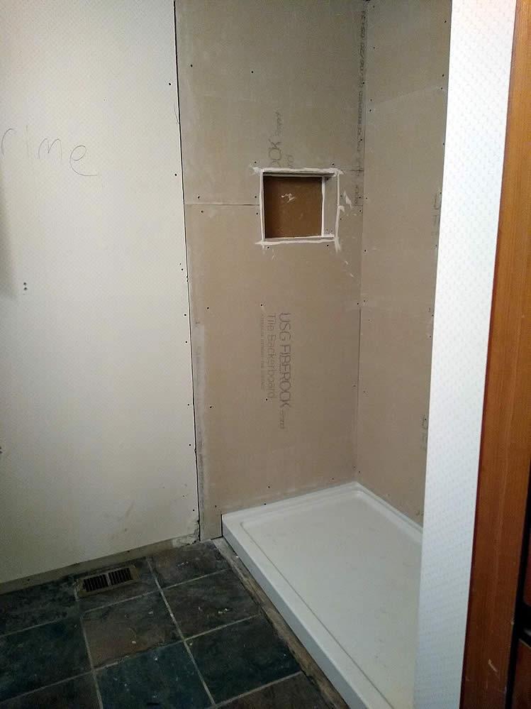 Avinger-TX-75630-bathroom-renovation-8